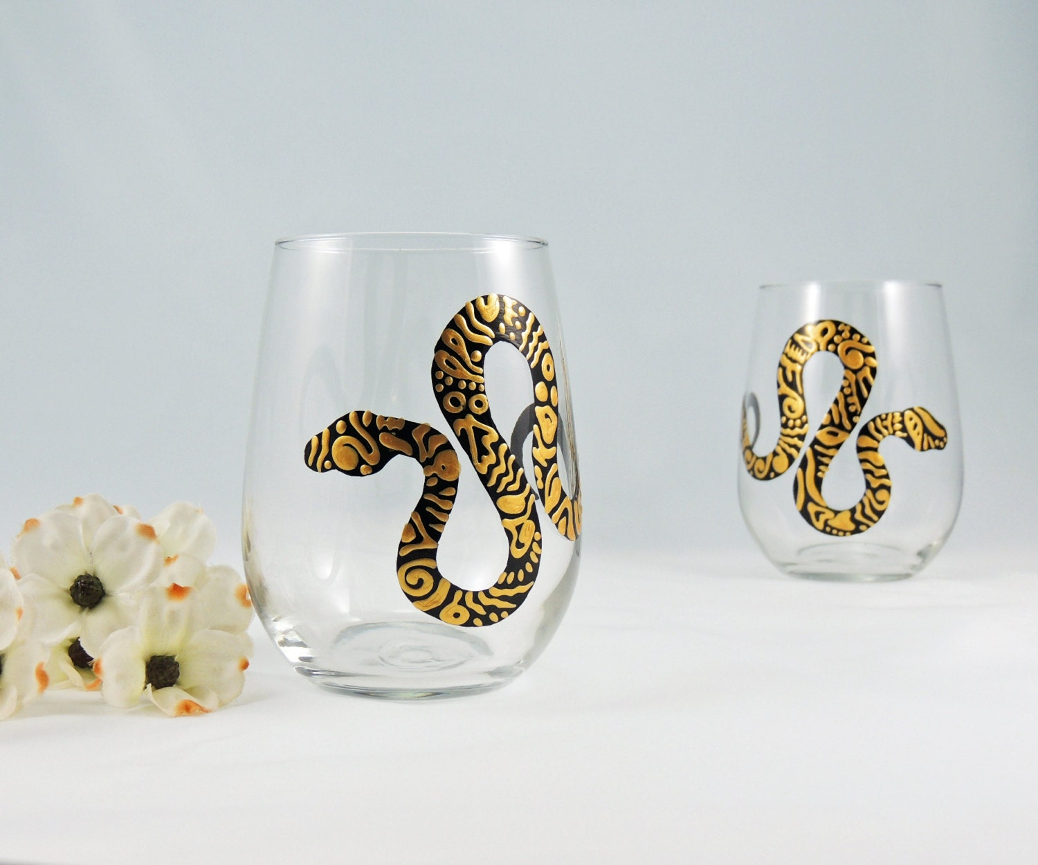 Snake wine glasses hand painted stemless glasses set of 2 for Painted stemless wine glasses