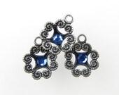 Vintage Filigree Flower Charm Swarovski Crystal Rhinestone Sapphire Antiqued Silver Drop uvf0198 (3)
