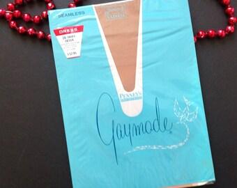Vintage Seamless Nylon Stockings By Pennys Gaymode Size 10 Short
