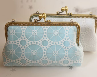 Geometric Lace and linen Bridesmaid Clutch / Bridesmaid Gift Clutch / Wedding Clutch (Cosmetic Case, Makeup Pouch)