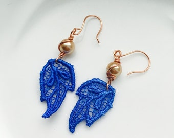 Blue lace earrings with bronze pearl wrapped in copper wire