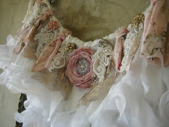 Fabric garland banner shabby chic cottage valance by for Shabby chic garland lights