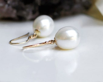 14k Gold Pearl Earrings | Ivory White Freshwater Drop Pearls | June Birthstone | Bridal Wedding Gift | Everyday Earrings | Ready to Ship