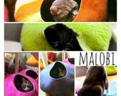 Flash SALE Cat Cave / cat bed - handmade felt - bright block colours - S,M,L,Xl + free felted balls