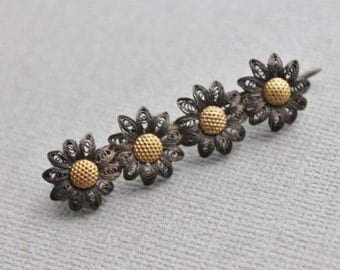 Victorian Filigree and Gilt Daisy Bar Pin / New Old Stock 19th Century Brooch