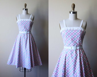 Vintage 1940s Dress - 40s Dress - Pink Grey Novelty Print Basketweave Cotton Pique Sundress XXS XS - Primrose Path Dress