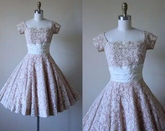 1950s Dress - Vintage 50s Dress - Bone Embroidered Mesh Blush Taffeta Full Skirt Designer Party Dress S - Pirouette Dress