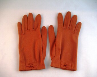 CLOSING SALE Vintage Fifties short gloves. Rusty orange. 1950s-60s.
