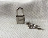 Large Silver Colored Grooved Square  Working Padlock