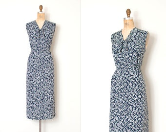 vintage 1940s dress / blue rayon print 40s dress / Unchained