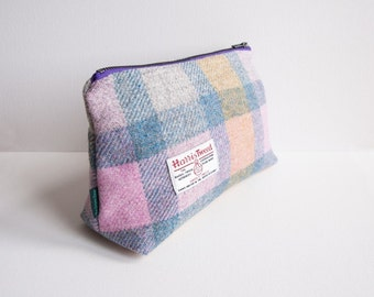 Harris Tweed big make-up bag in pastel colours check with water-resistant lining