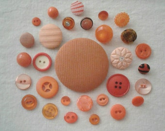 Vintage Orange/Peach Button Assortment - Set of 30 - A