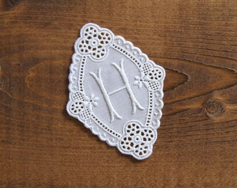 Vintage 2.7 inch cotton lace monogram letter H - hand crafter supply wedding decoration