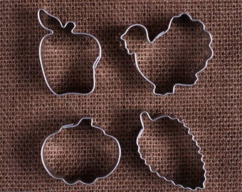 MINI Thanksgiving Cookie Cutter Set with Pumpkin Cookie Cutter, Aspen Leaf Cookie Cutter and Apple Cookie Cutter, Fall Cookie Cutters