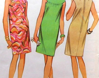 Vintage Dress Pattern McCalls 8824 Size 12