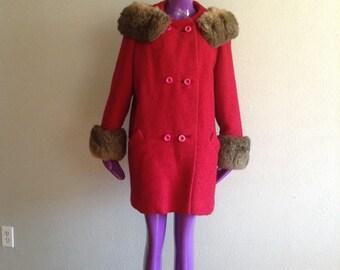 Vintage Fuchsia Fur Trim Coat / 1960s Vintage Pink Coat with FUR
