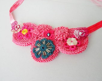 Flower Pink Necklace Crochet flowers Circle Rose Statement Necklace