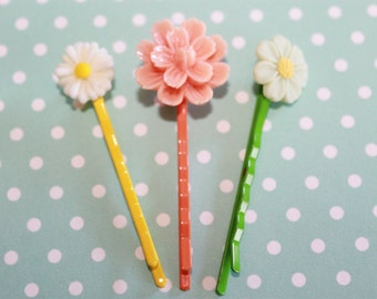 Flower Bobby pins, set of THREE, perfect for summer hair!