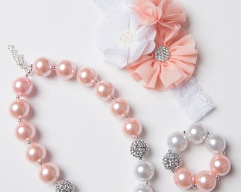 Peach necklace, White bubblegum necklace, girl necklace, chunky bead necklace, bubble gum necklace, toddler necklace, baby girl necklace