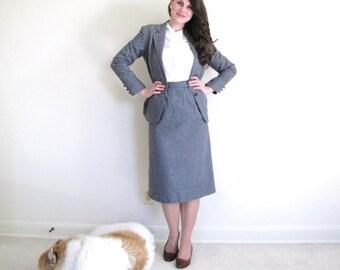 ON SALE Gray Suit / Vintage Skirt Suit / 70s Blazer