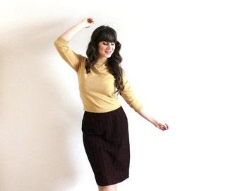 ON SALE 1960s Skirt / 60s 50s Wool Pencil Skirt / Lilli Ann Skirt