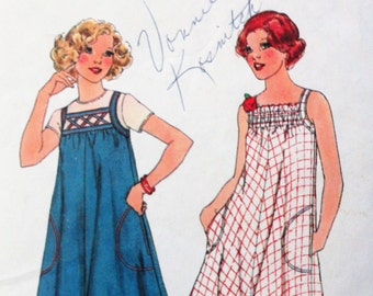 1970s dress pattern, sleeveless sundress, pullover vintage sewing pattern A-line dress, simple to sew Simplicity 7962 misses size 12 bust 34