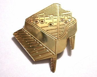 Vintage Baby Grand Piano Brooch Pin, Gold Tone Metal, Signed AD '89, Musical Notes, Coat Sweater Brooch, Hat Brooch, VisionsOfOlde