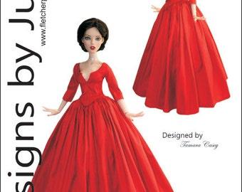 """Outlander Claire Dress Pattern for 16"""" Deja Vu Dolls Tonner"""