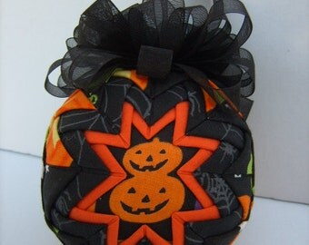 Christmas In July Sale/Pumpkins/ Quilted Ornament/Halloween/Orange and Black/Decoration