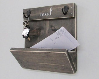 Mailbox, Mail, Mail Organizer, Key Hooks, Rustic, Letters, Magazines, Reclaimed Wood, Farmhouse, Woodwork, Keys, Home Decor