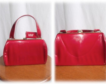 Vintage 1950's-1960's CHERRY RED Patent Leather Vinyl Purse/Handbag w/Matching Mini Notepad & Pencil