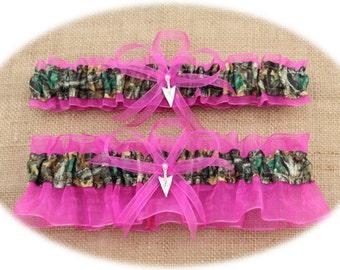 Camouflage Camo and Fuchsia Wedding Garter Set with Arrowhead Charms, Mossy Oak Garter