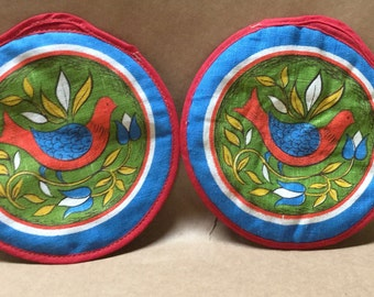"""Vintage 7"""" Potholders with Red Bird PA Dutch Style Cottage Kitchen"""