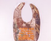 Daddy and Mommy cant wait to take me HUNTING - Baby Bib - Small