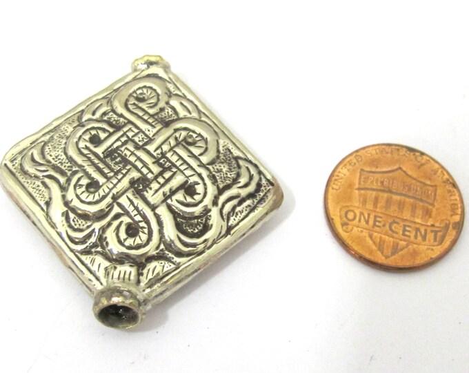 1 Bead - Large size Tibetan silver repousse endless knot design focal pendant bead -  BD846