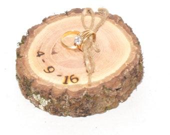 Custom Ring Bearer Pillow, Rustic Wedding decorations, Engagement ring holder, date on wood slice. rustic tree slice pillows, wood rings