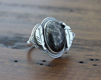 Dancing Feathers Heirloom Ring