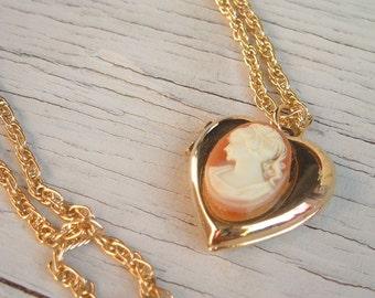 Vintage Heart locket, love Pendant Necklace,Cameo Photo locket ,love locket jewelry,Victorian inspired,vintage locket,vintage Cameo