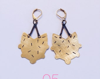05 // Brass Confetti Chandelier Earrings // geometric earrings