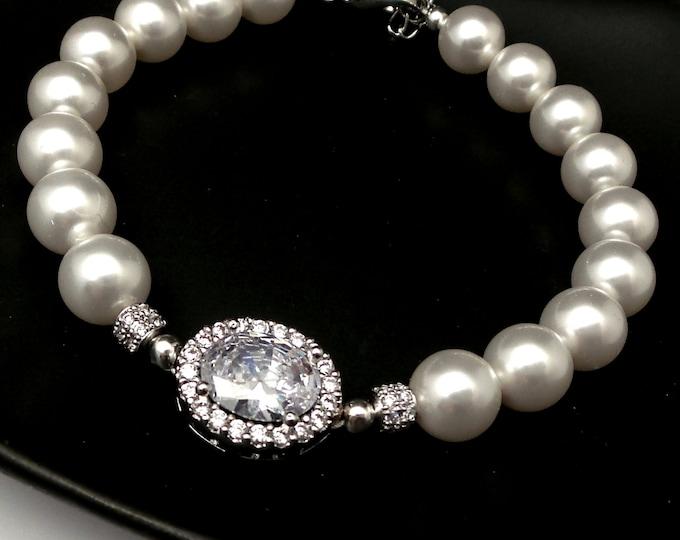 Wedding jewelry bridal bracelet bridesmaid gift Clear white halo oval cubic zirconia with swarovski 8mm white cream round pearl bracelet
