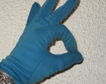 My Hands Look Great Vintage Blue Lagoon  Driving  Gloves