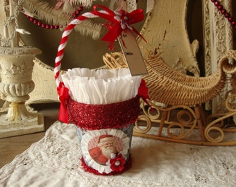 Christmas gift bag treat basket victorian santa red white Christmas gift wrap paper basket candy container party favor paper mache