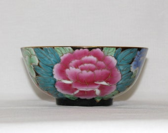 Decorative Black and Floral Asian Porcelain Bowl - Chinese Peonies  (394)