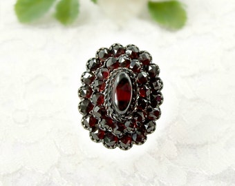 Vintage oval garnet ring in Victorian style || ГРАНАТ