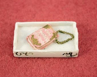 Miniature The Princess Handbook on Tray Dollhouse Decor
