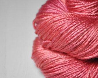 Artificial rose coral - Silk/Merino DK Yarn superwash