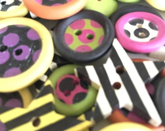 BUTTONS Hand Painted Coordinated Set Craft Supply Sewing