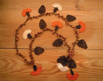 crochet necklace, orange, peach, flower, carnation, turkish oya