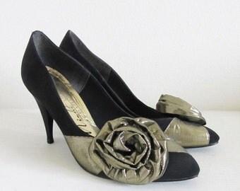 "40% OFF SALE Vintage 1980's Black & Gold Rose Stiletto Heels / Size 8 US ""Valentine's Day"" Prom Dancing Party Pumps"