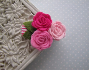 Little Girl . clippie . felt flower cluster . girls hair accessory . pink